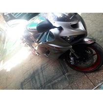 Moto Kawasaki Ninja Zx 626